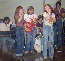 Sian performing with Carol Grimes in Covent Garden (1976)