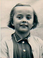 Sian aged 8